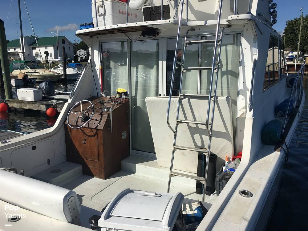 1974 Uniflite boat for sale, model of the boat is Sedan & Image # 11 of 41