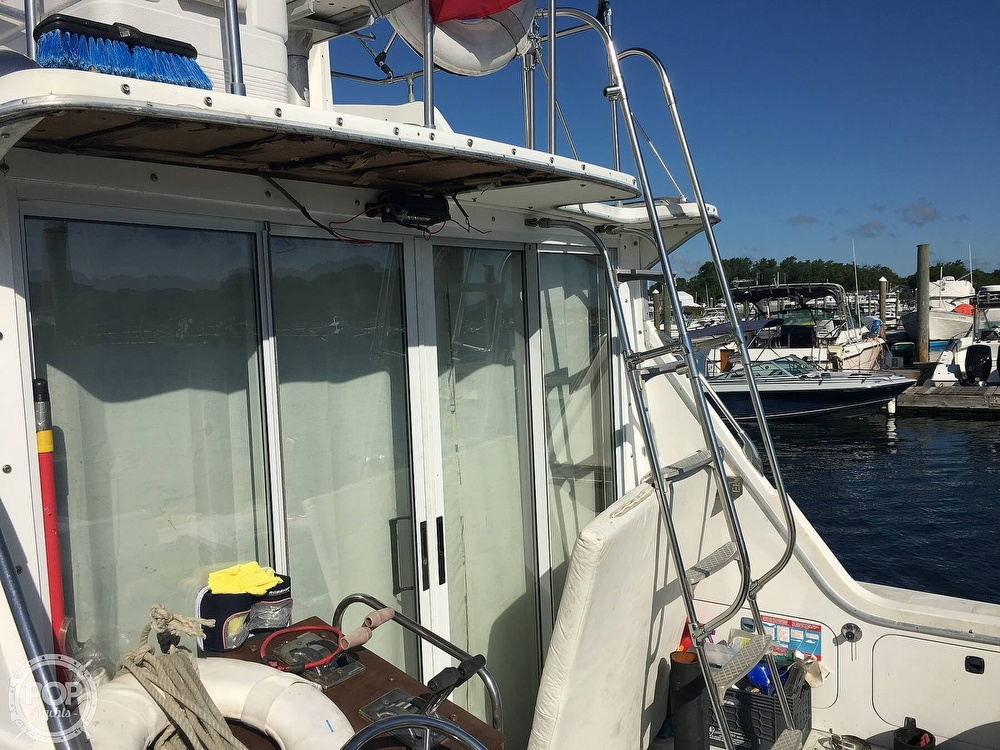 1974 Uniflite boat for sale, model of the boat is Sedan & Image # 21 of 41