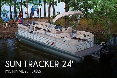 Used Pontoon Boats For Sale in Texas by owner | 2017 Sun Tracker 22 DLX