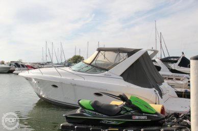 Silverton 310 Express, 32', for sale - $24,750