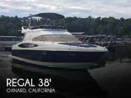 2004 Regal 3880 Commodore Flybridge