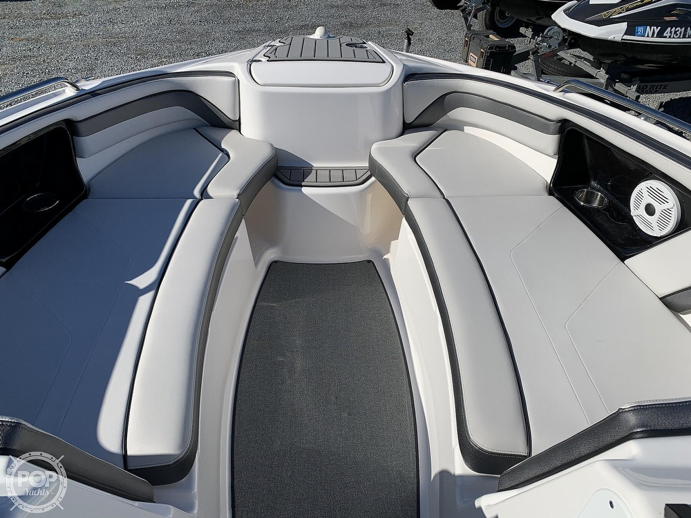 2018 Yamaha boat for sale, model of the boat is AR240 & Image # 16 of 41