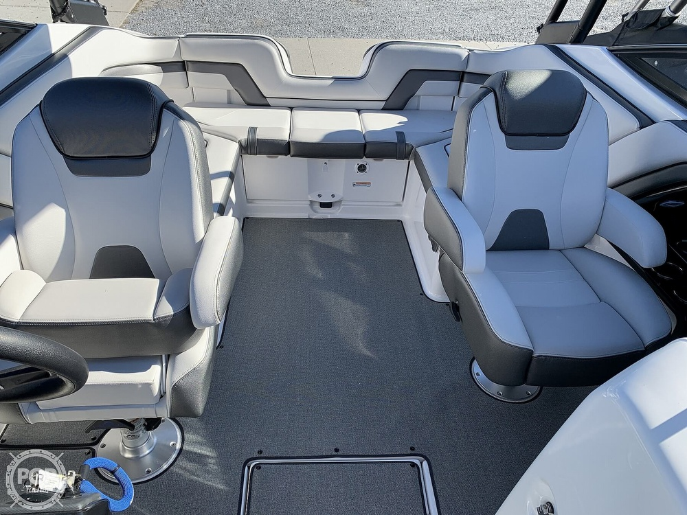 2018 Yamaha boat for sale, model of the boat is AR240 & Image # 4 of 41