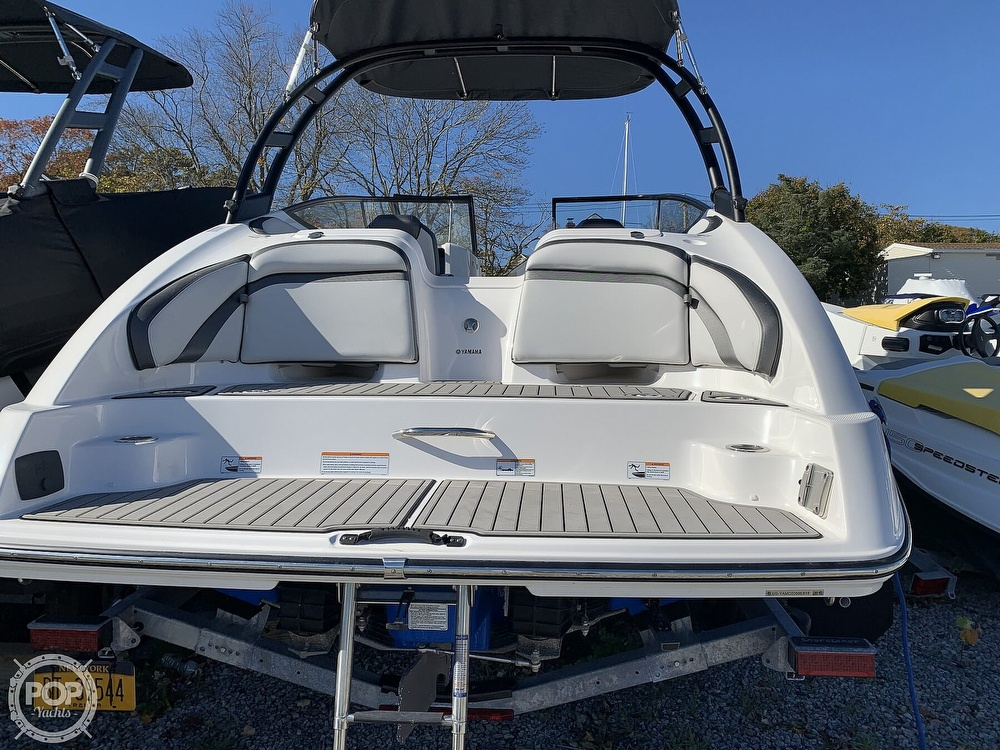 2018 Yamaha boat for sale, model of the boat is AR240 & Image # 2 of 41
