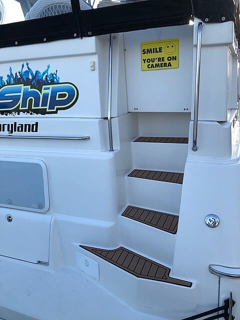 2002 Silverton boat for sale, model of the boat is 392 Aft cabin & Image # 8 of 41