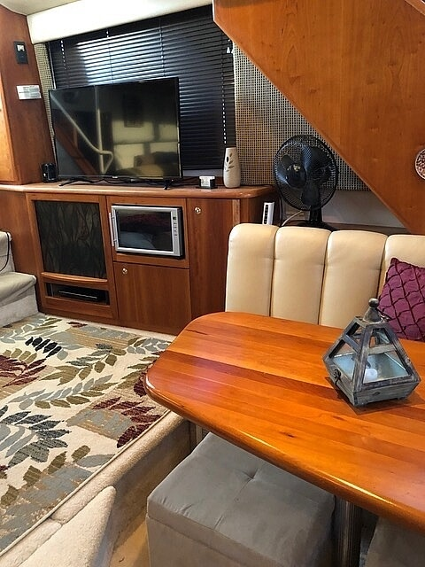 2002 Silverton boat for sale, model of the boat is 392 Aft cabin & Image # 35 of 41