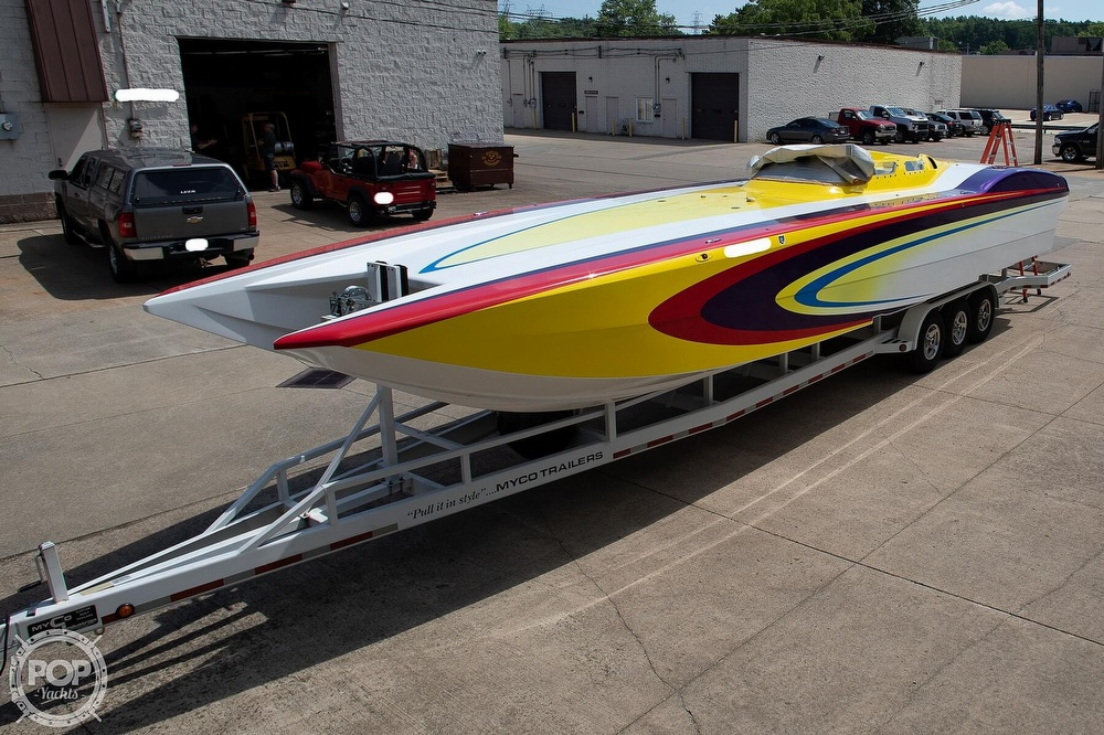2004 MTI boat for sale, model of the boat is 39 R/P & Image # 7 of 40