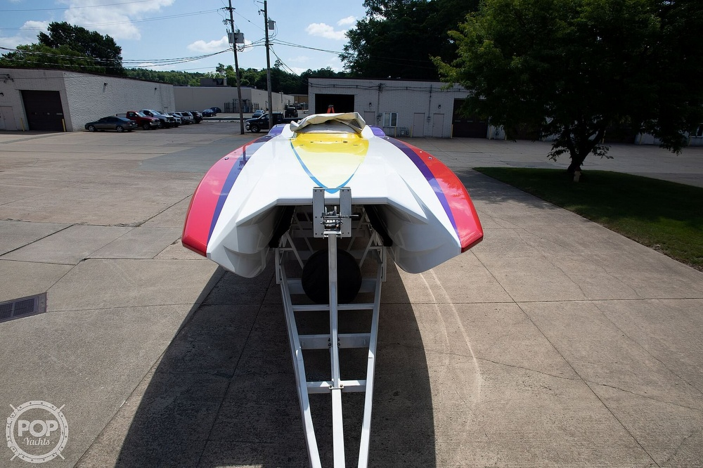 2004 MTI boat for sale, model of the boat is 39 R/P & Image # 10 of 40