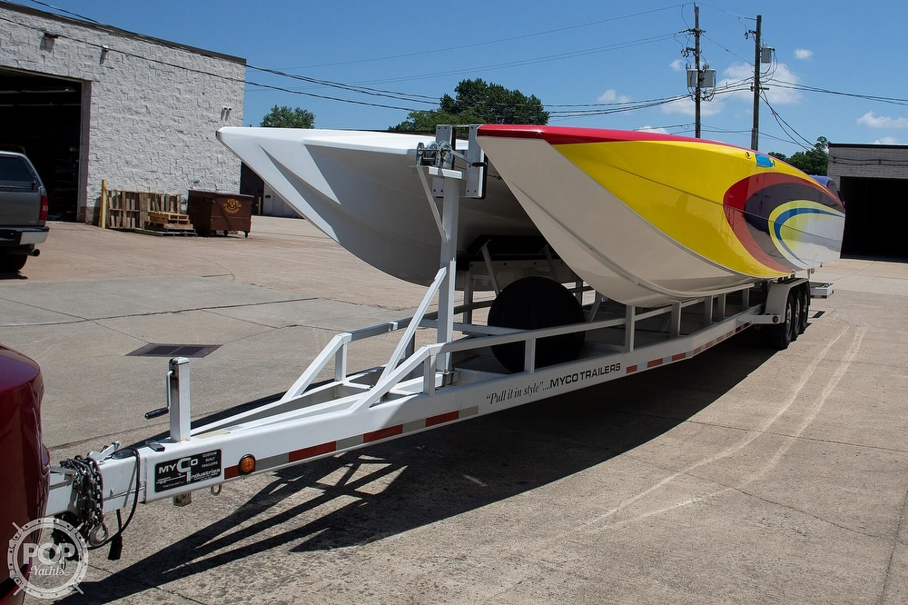 2004 MTI boat for sale, model of the boat is 39 R/P & Image # 11 of 40