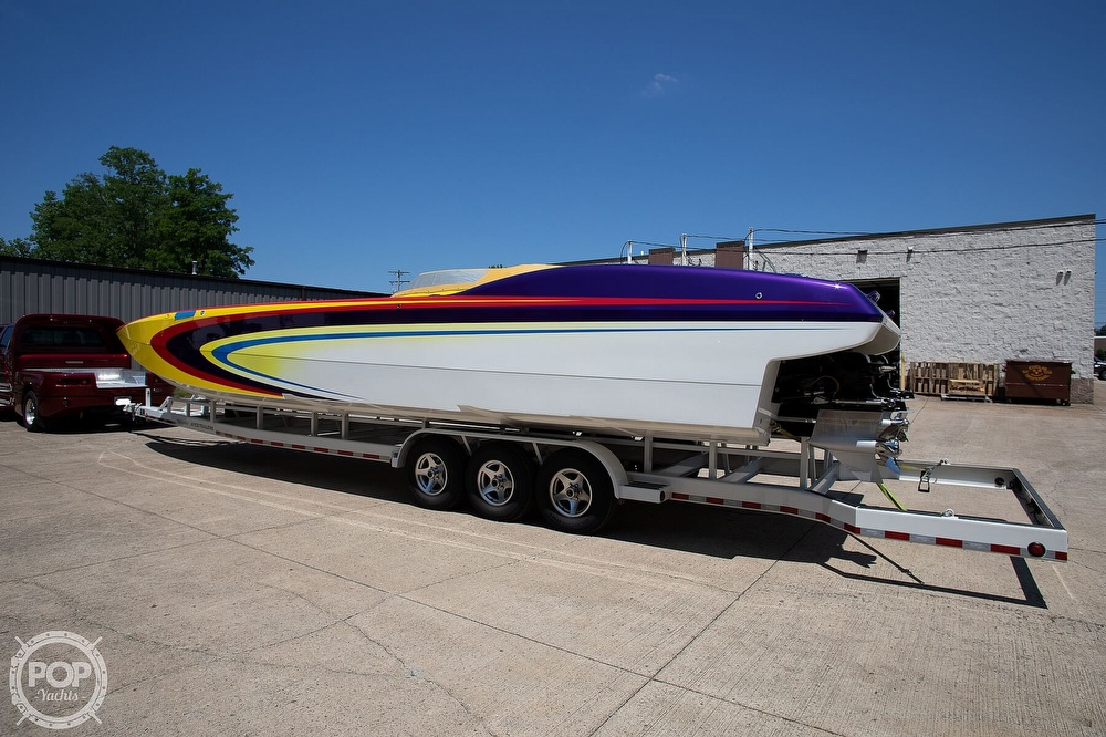 2004 MTI boat for sale, model of the boat is 39 R/P & Image # 14 of 40
