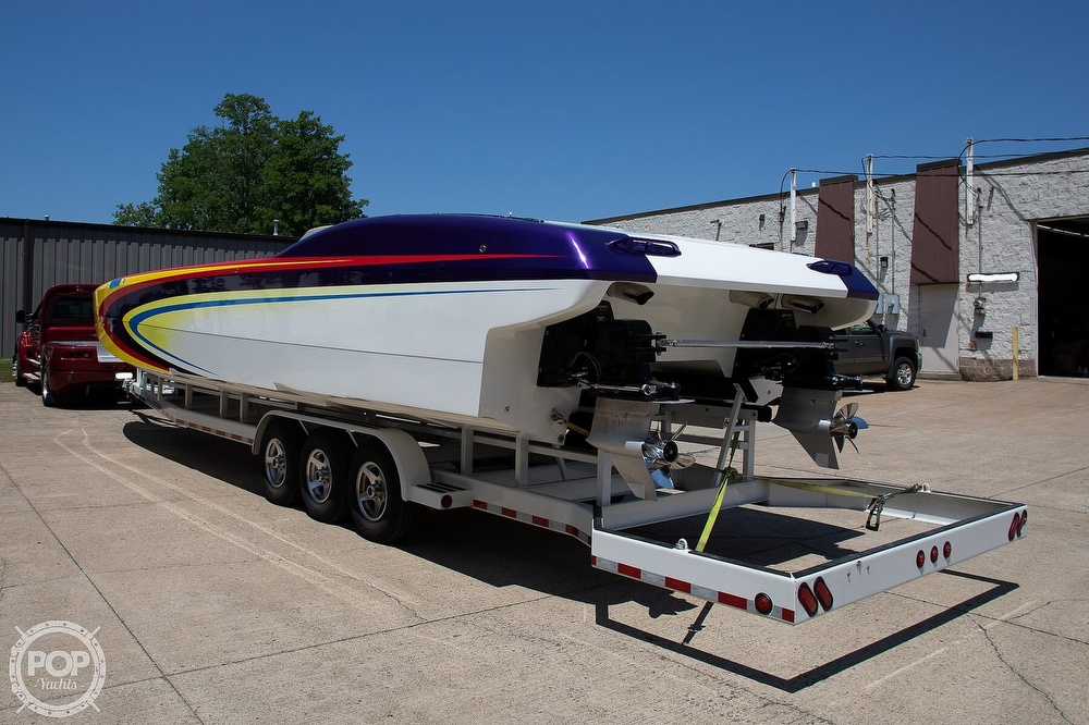 2004 MTI boat for sale, model of the boat is 39 R/P & Image # 15 of 40