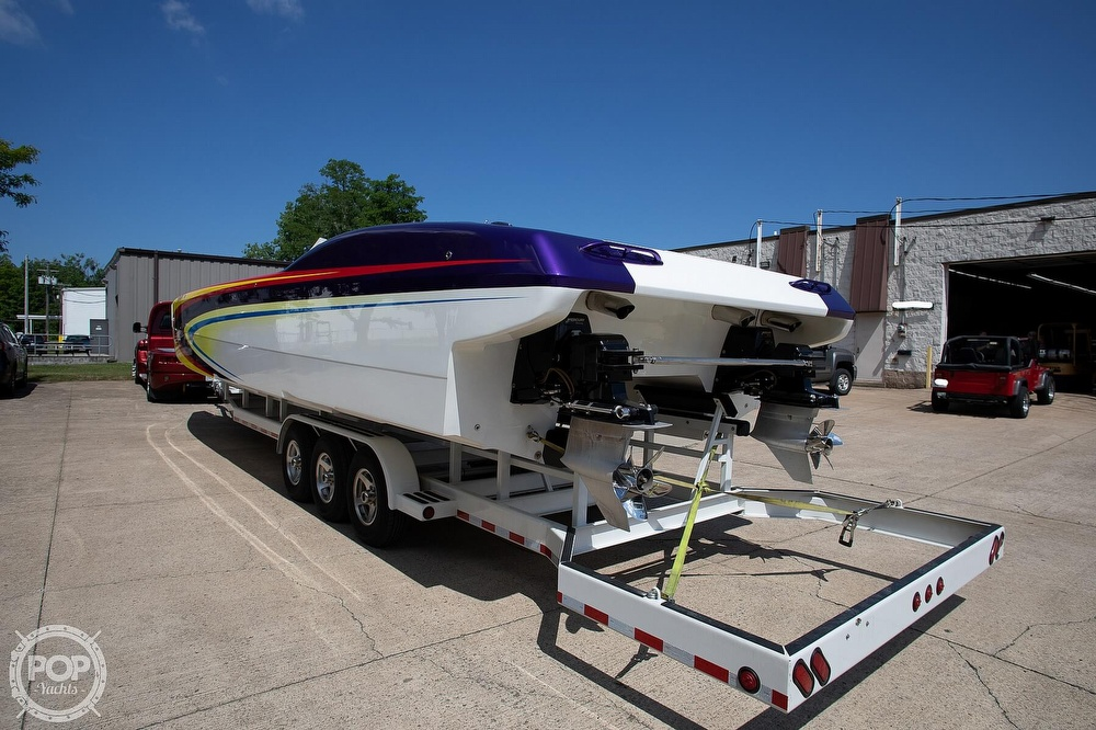 2004 MTI boat for sale, model of the boat is 39 R/P & Image # 16 of 40