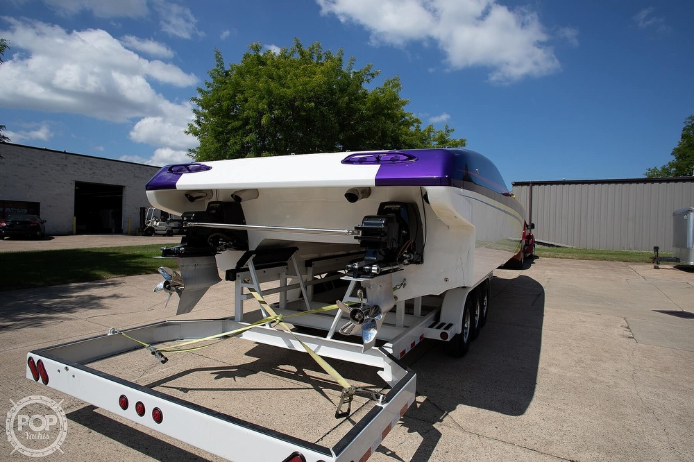 2004 MTI boat for sale, model of the boat is 39 R/P & Image # 18 of 40