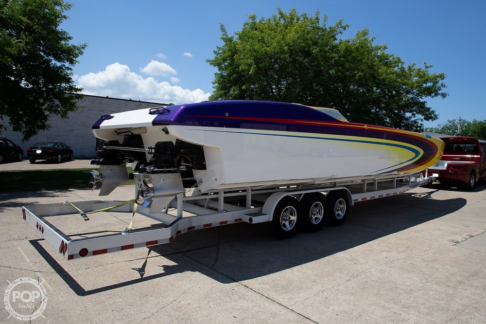 2004 MTI boat for sale, model of the boat is 39 R/P & Image # 19 of 40