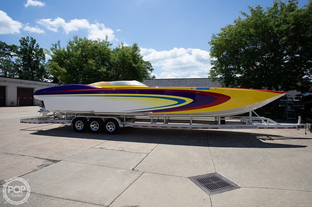 2004 MTI boat for sale, model of the boat is 39 R/P & Image # 21 of 40