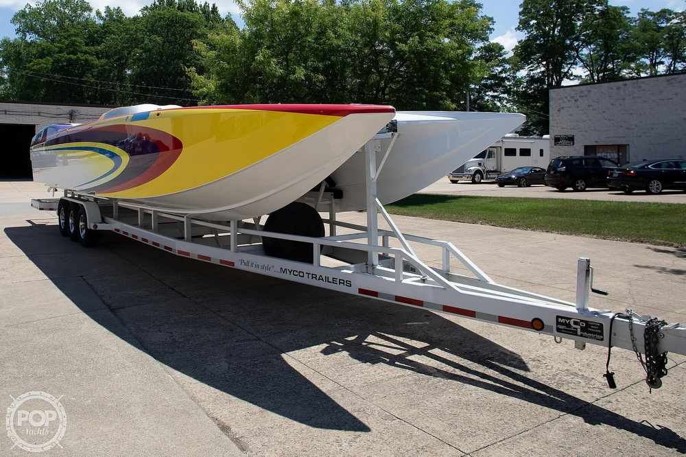 2004 MTI boat for sale, model of the boat is 39 R/P & Image # 23 of 40