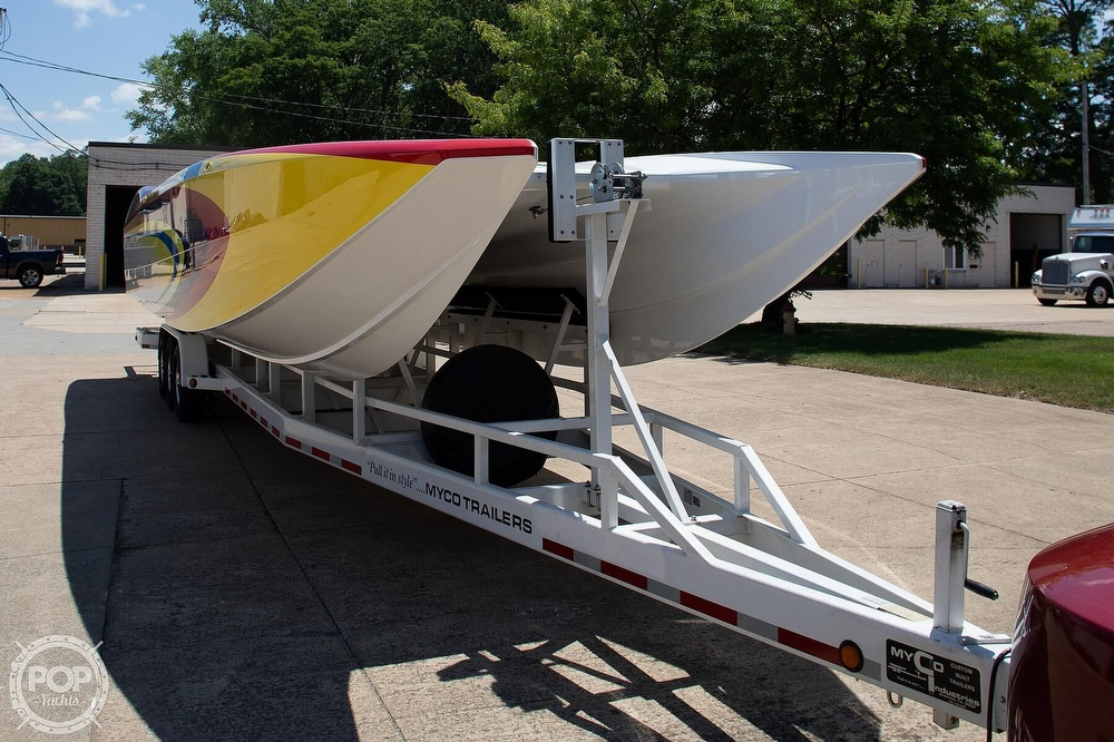 2004 MTI boat for sale, model of the boat is 39 R/P & Image # 24 of 40