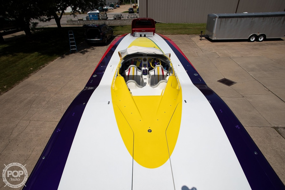 2004 MTI boat for sale, model of the boat is 39 R/P & Image # 30 of 40