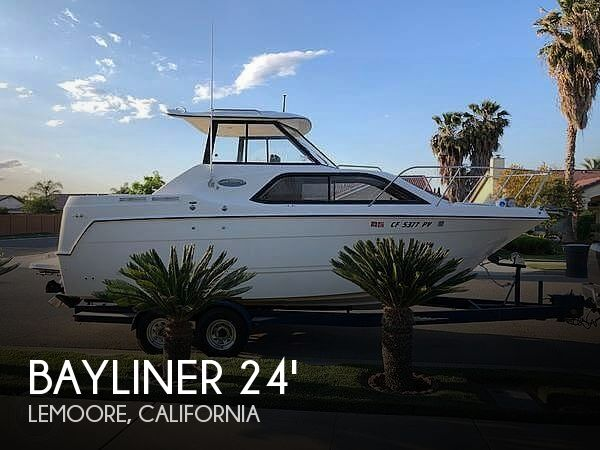 Used Boats For Sale in Fresno, California by owner | 2002 Bayliner 25