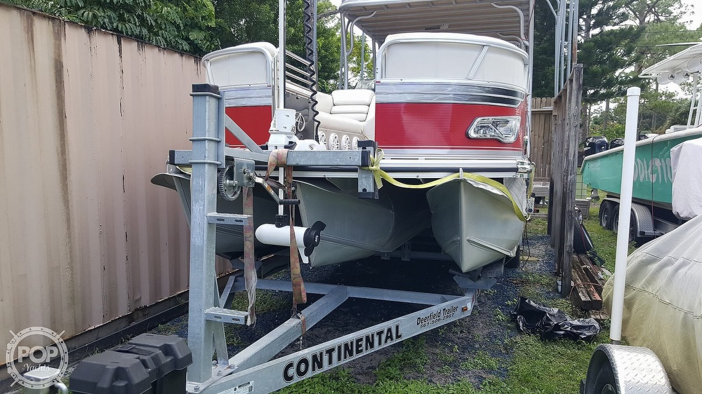 2013 Avalon boat for sale, model of the boat is 2785 FS FUNSHIP & Image # 8 of 40