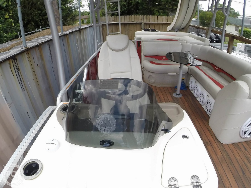 2013 Avalon boat for sale, model of the boat is 2785 FS FUNSHIP & Image # 25 of 40