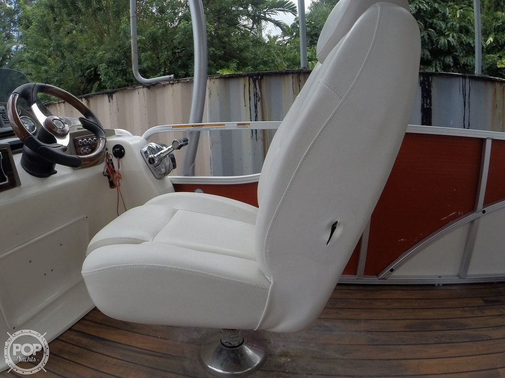 2013 Avalon boat for sale, model of the boat is 2785 FS FUNSHIP & Image # 34 of 40