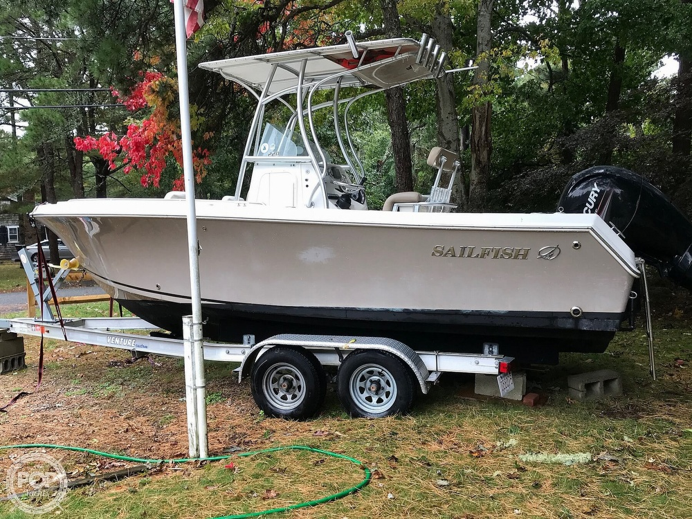 2013 Sailfish boat for sale, model of the boat is 220 CC & Image # 5 of 40