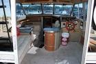 1981 Sea Ray SRV 310 Vanguard Sedan Bridge - #4