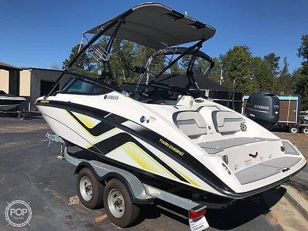 2015 Yamaha boat for sale, model of the boat is 212X & Image # 7 of 40