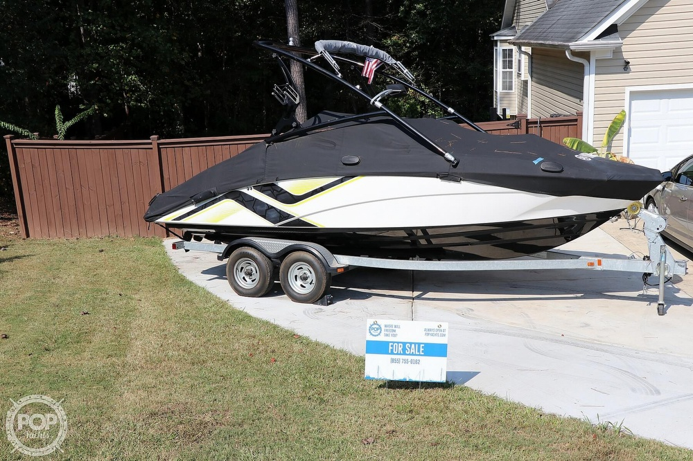 2015 Yamaha boat for sale, model of the boat is 212X & Image # 17 of 40