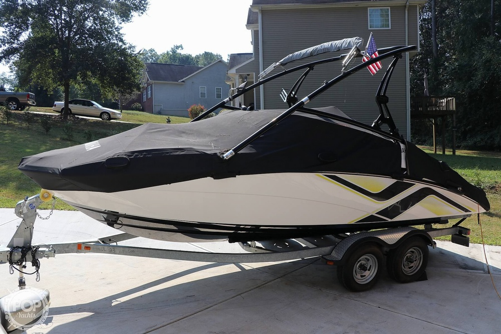2015 Yamaha boat for sale, model of the boat is 212X & Image # 20 of 40