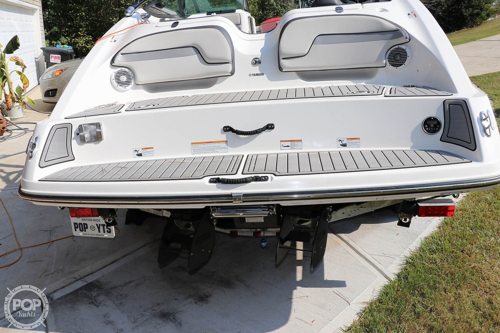 2015 Yamaha boat for sale, model of the boat is 212X & Image # 31 of 40