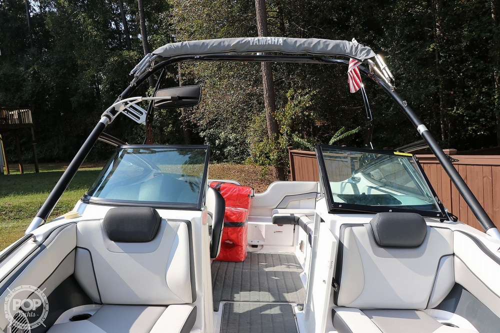 2015 Yamaha boat for sale, model of the boat is 212X & Image # 27 of 40