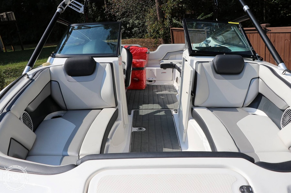 2015 Yamaha boat for sale, model of the boat is 212X & Image # 28 of 40