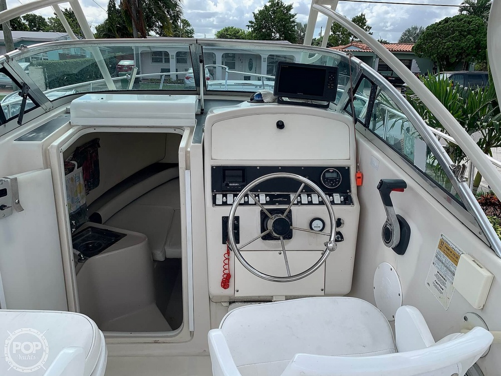 1997 Pro-Line boat for sale, model of the boat is 231 Walkaround & Image # 16 of 40
