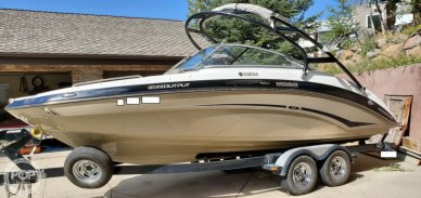 Yamaha 242 Limited S, 24', for sale - $37,800