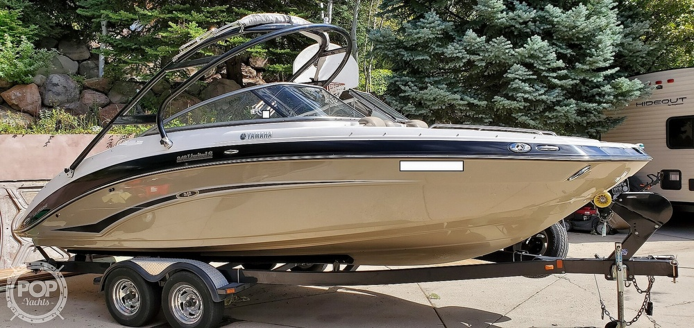 2012 Yamaha boat for sale, model of the boat is 242 Limited S & Image # 2 of 40