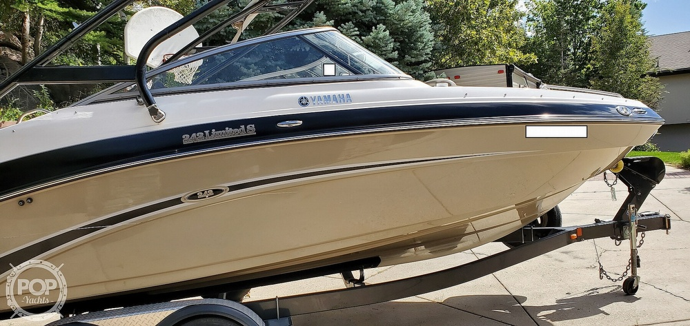 2012 Yamaha boat for sale, model of the boat is 242 Limited S & Image # 31 of 40