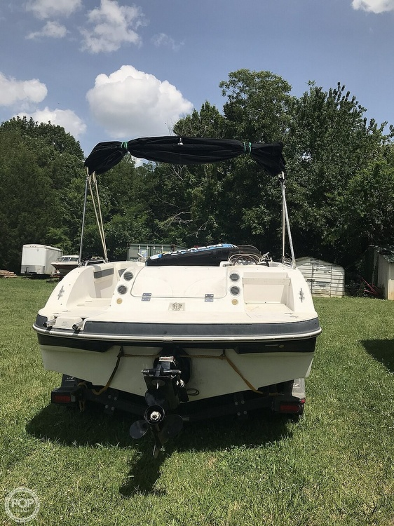 2003 Starcraft boat for sale, model of the boat is Aurora 2000 & Image # 7 of 40
