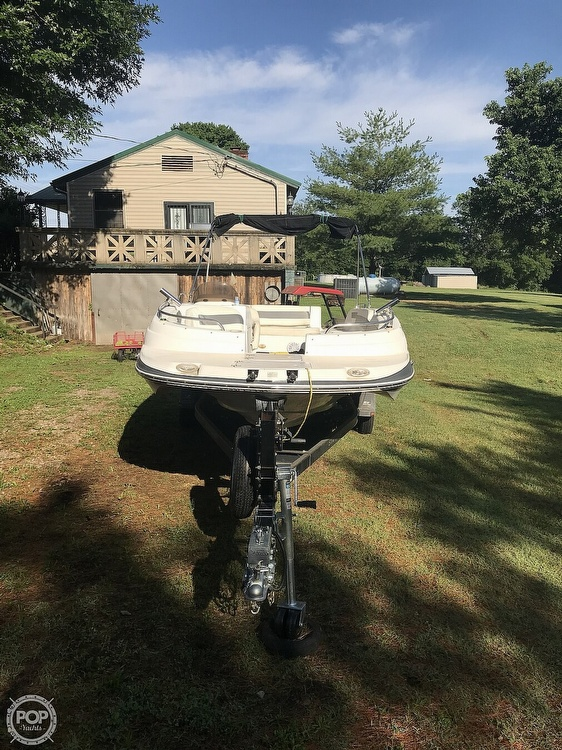 2003 Starcraft boat for sale, model of the boat is Aurora 2000 & Image # 4 of 40
