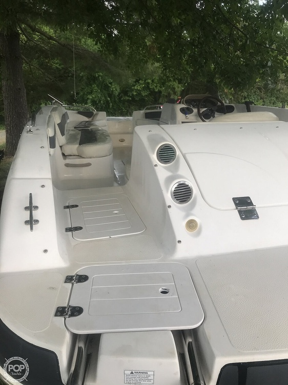 2003 Starcraft boat for sale, model of the boat is Aurora 2000 & Image # 10 of 40