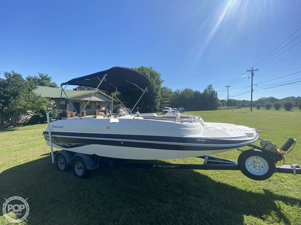 2003 Starcraft boat for sale, model of the boat is Aurora 2000 & Image # 39 of 40