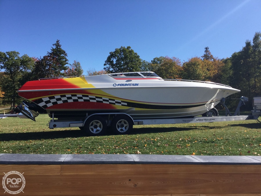 2005 Fountain boat for sale, model of the boat is 29 FEVER & Image # 15 of 40