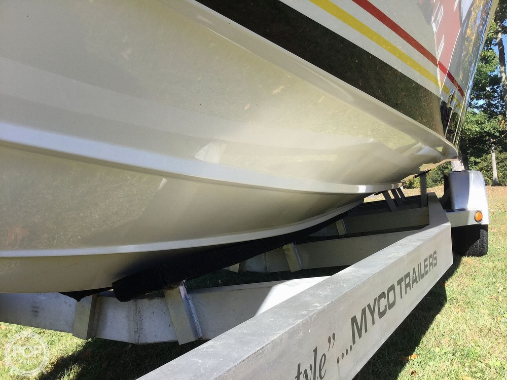 2005 Fountain boat for sale, model of the boat is 29 FEVER & Image # 23 of 40