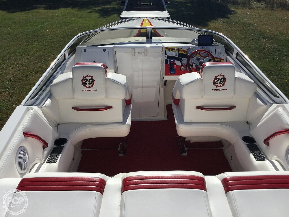 2005 Fountain boat for sale, model of the boat is 29 FEVER & Image # 5 of 40