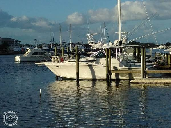 1989 Wellcraft boat for sale, model of the boat is 330 Coastal & Image # 13 of 40