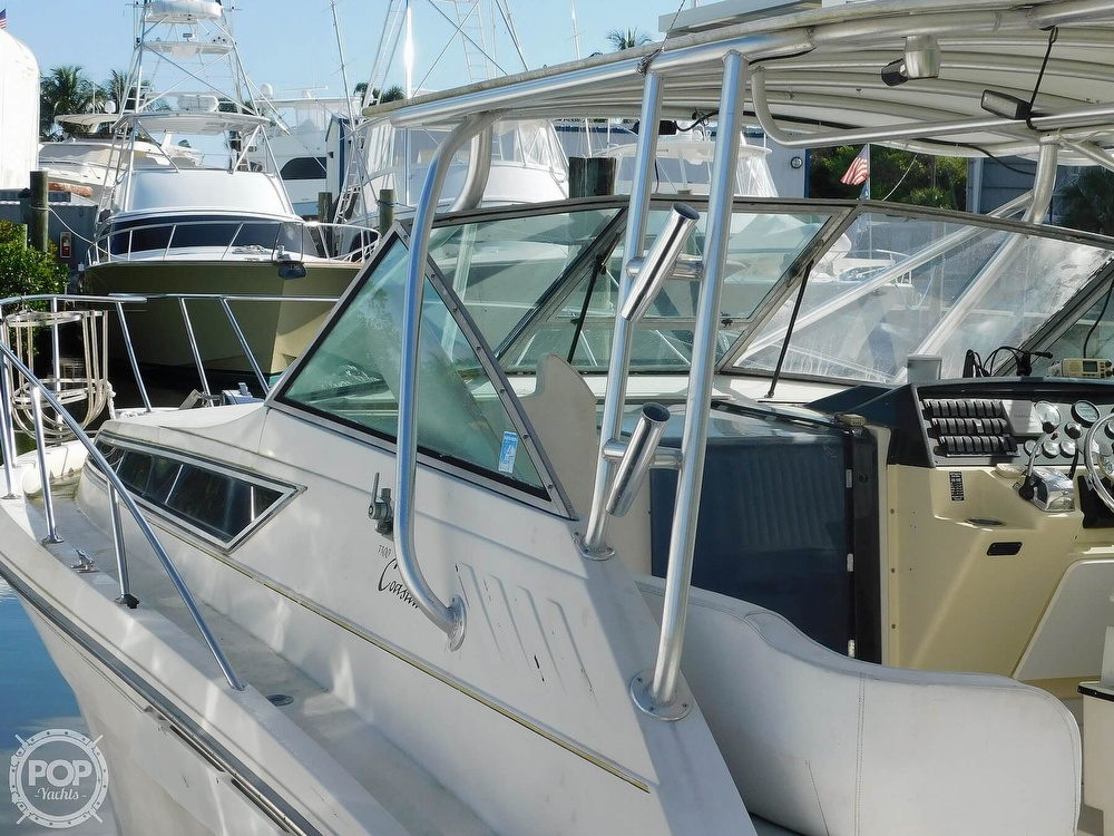 1989 Wellcraft boat for sale, model of the boat is 330 Coastal & Image # 14 of 40