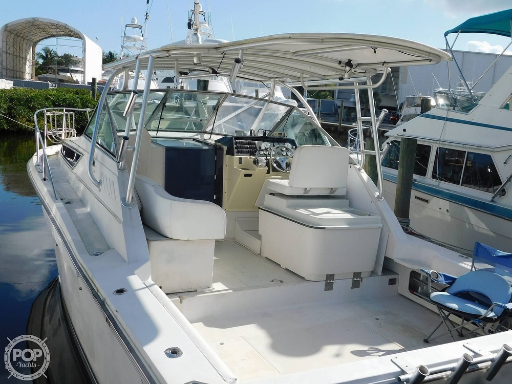 1989 Wellcraft boat for sale, model of the boat is 330 Coastal & Image # 15 of 40