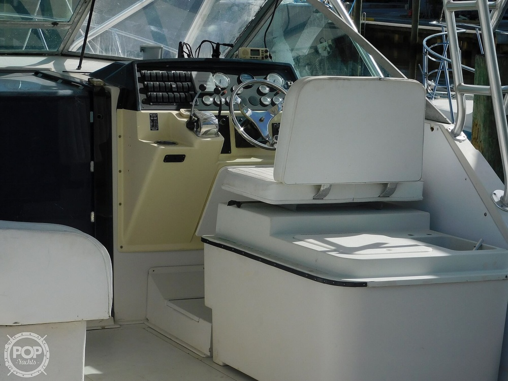1989 Wellcraft boat for sale, model of the boat is 330 Coastal & Image # 16 of 40