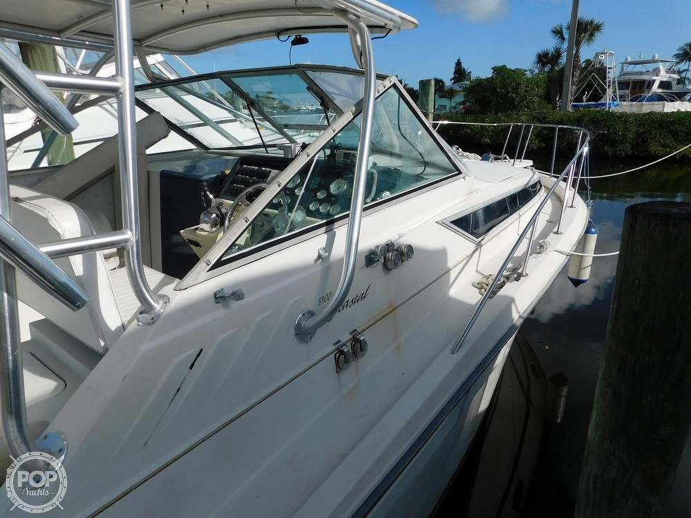 1989 Wellcraft boat for sale, model of the boat is 330 Coastal & Image # 19 of 40